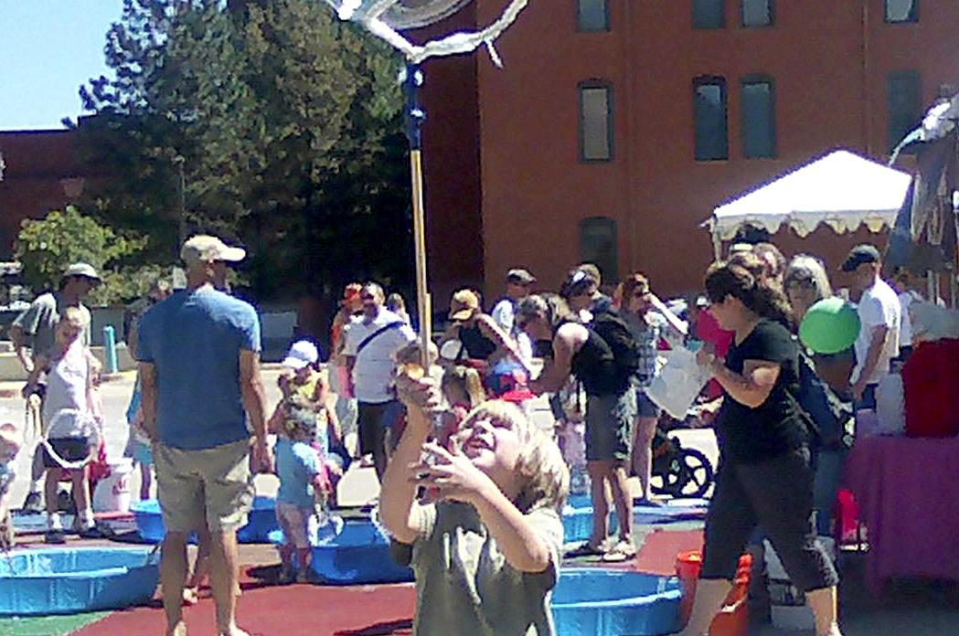 Bubble pole